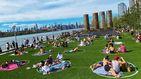 Círculos de distanciamiento para disfrutar del aire libre en Nueva York