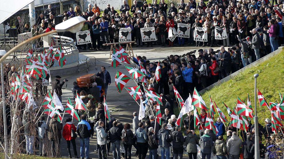 Varios expresos de ETA asisten a los funerales por Bolinaga