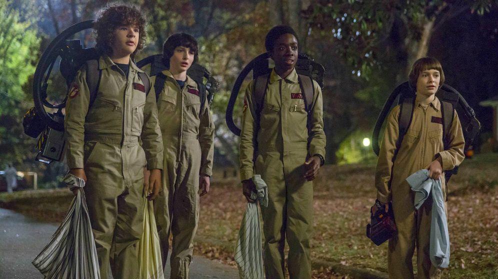Foto: Los protagonistas de 'Stranger Things' disfrazadios de Cazafantasmas. (Netflix)