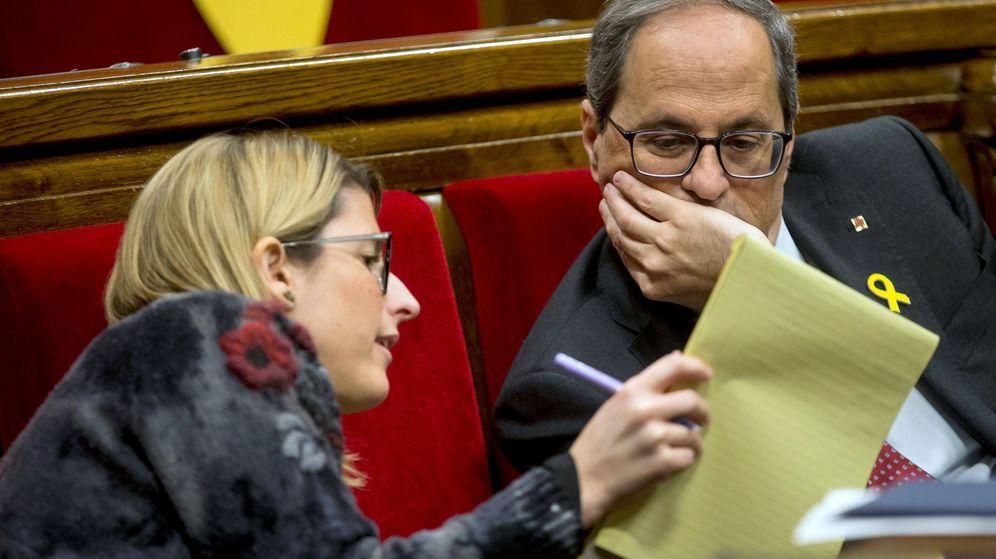 Foto: Quim Torra y Elsa Artadi en el Parlament. (EFE)