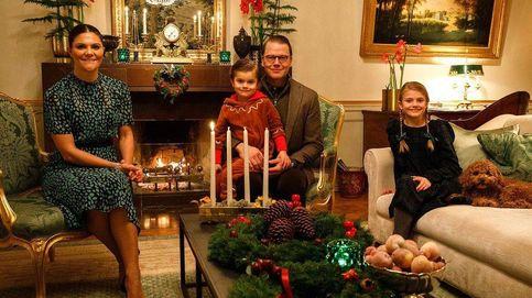Victoria con vestido animal print y Estelle de H&M, así son sus primeros looks de Navidad