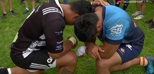 Post de El rezo entre 'enemigos', la imagen que ha emocionado al rugby español