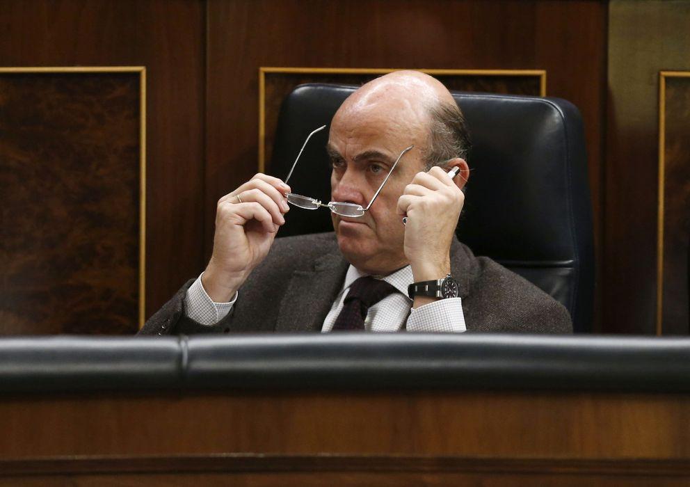 Foto: El ministro Luis de Guindos.