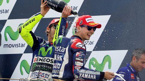 Pedrosa y Rossi ponen el espectáculo y Lorenzo recorta la ventaja del italiano