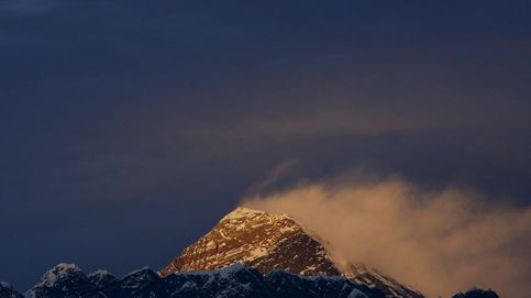 Fallece Elizabeth Hawley, la cronista del Everest y el Himalaya