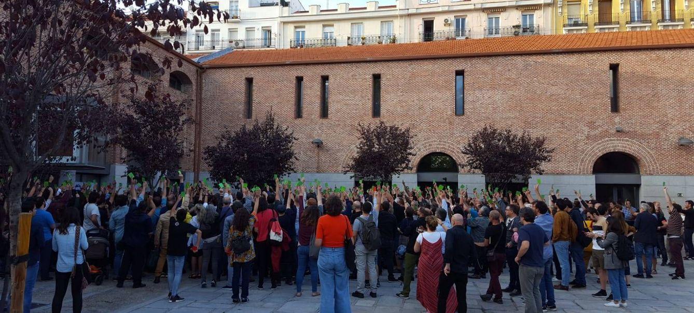 Los asistentes decidieron, con una tarjeta verde, comparecer a las elecciones generales (EC)