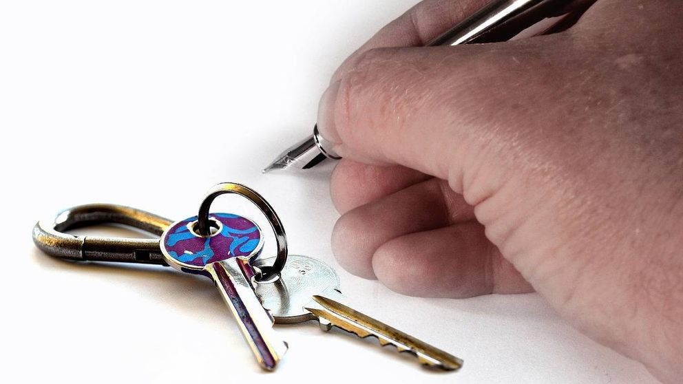 Mi casero ha fallecido de repente, ¿qué pasa con mi contrato de alquiler?