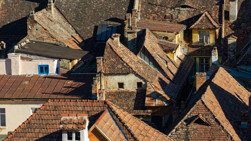 Foto: Los tejados de Sighisoara, en Transilvania. (iStock)
