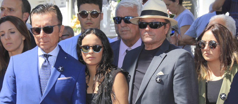 Foto: José Ortega Cano, Gloria Camila, Amador Mohedano y Rocío Flores, cuatro de las grandes ausencias al enlace (Gtres)