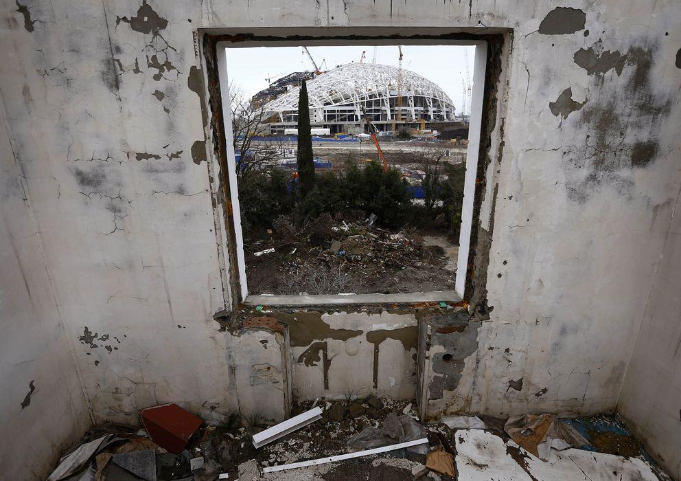 Foto: Vista desde el interior de una vivienda del estadio olímpico de Sochi, en Rusia (Reuters).