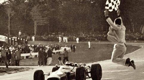 Cuando el banderazo final era un arte en la F1 y algunos casi se rompen el cuello
