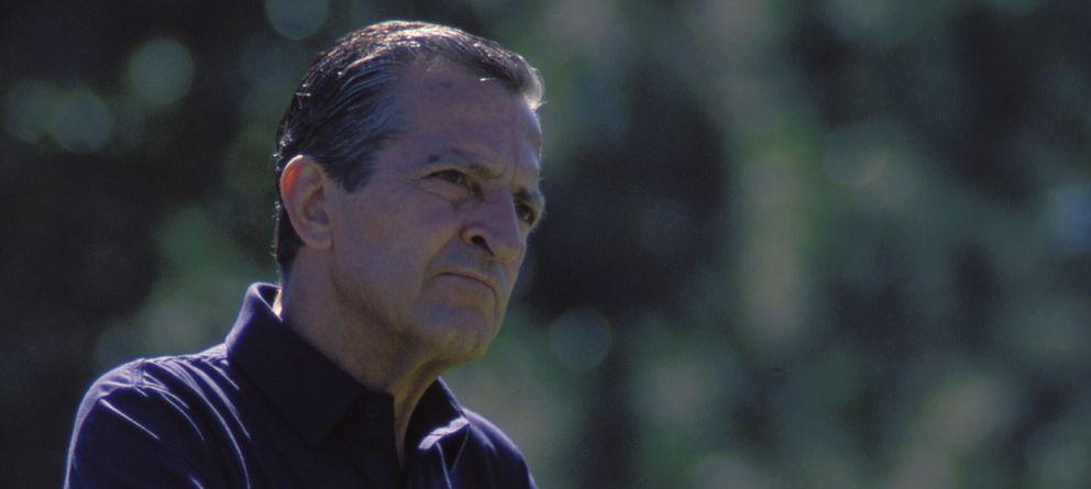Foto: Adolfo Suárez jugando al golf. (I.C.)