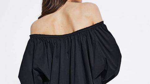 Este vestido con los hombros descubiertos de Massimo Dutti es maravilloso