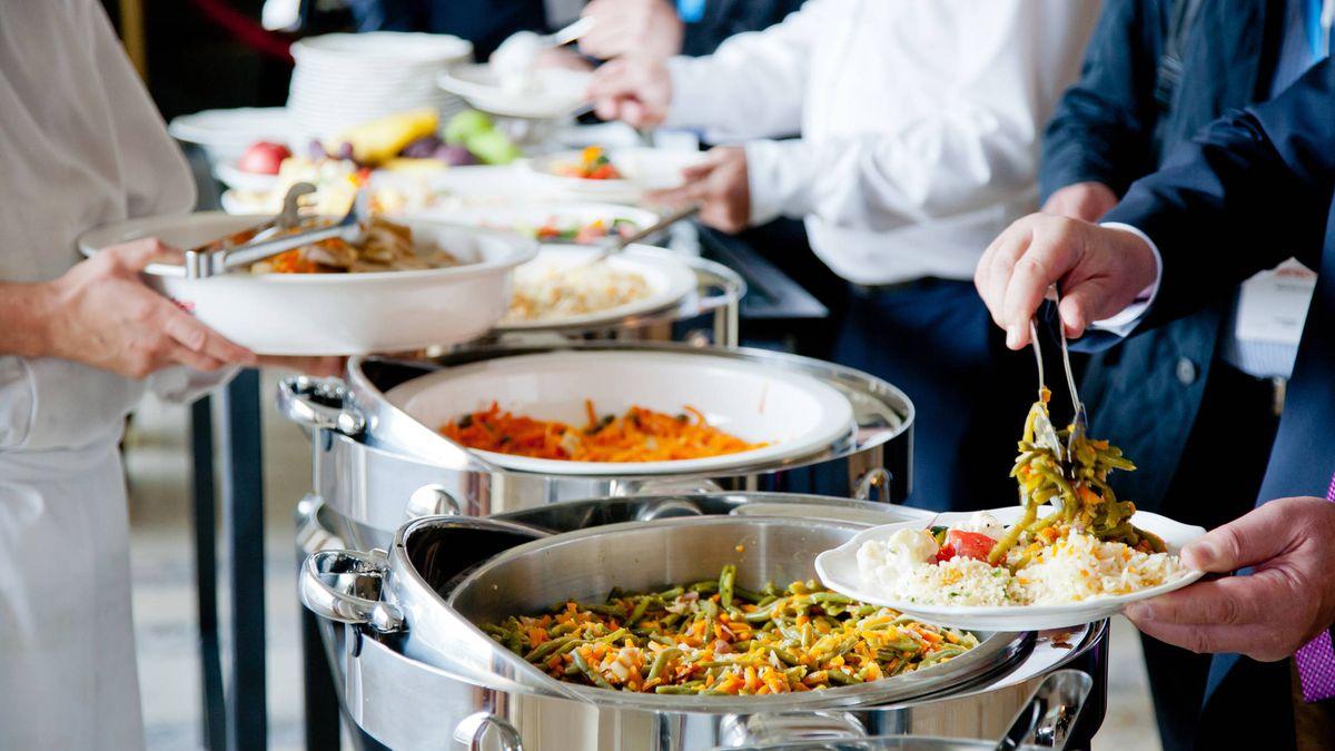 engañar desarrollando Decepcionado  Restaurantes: No todos los bufés libres son malos: los mejores de Madrid y  Barcelona