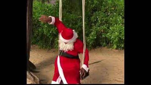 Evra se disfraza de Papá Noel para felicitar la Navidad