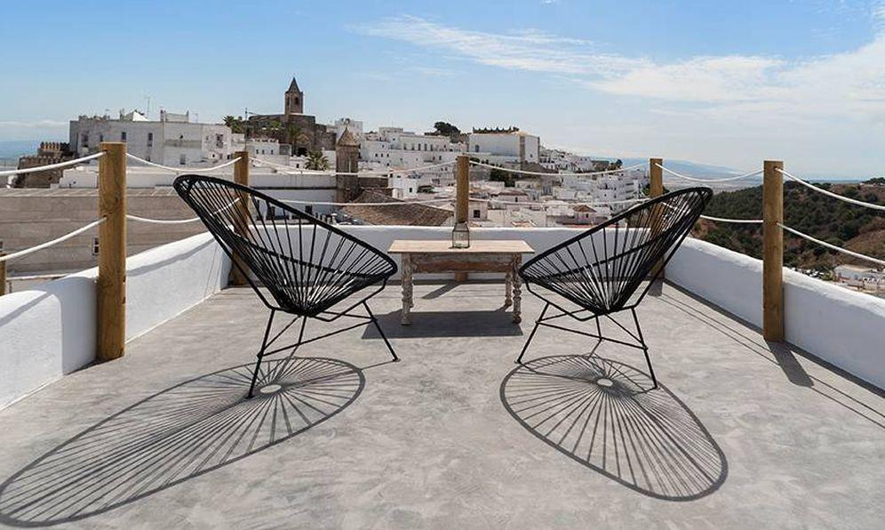 Foto: Vejer, probablemente el pueblo más bonito de Cádiz. (Cortesía Chic Sleep in Vejer)
