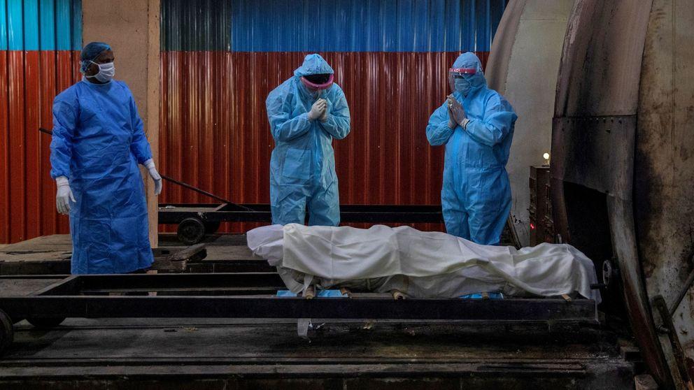 Le exigen 600 euros en India para ver a su padre fallecido por coronavirus