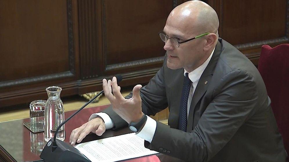 Foto: El 'exconseller' de Exteriores Raül Romeva en el juicio del 'procés'. (EFE)