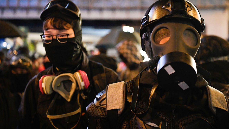 Hallan dos bombas caseras listas para matar y mutilar en un instituto en Hong Kong