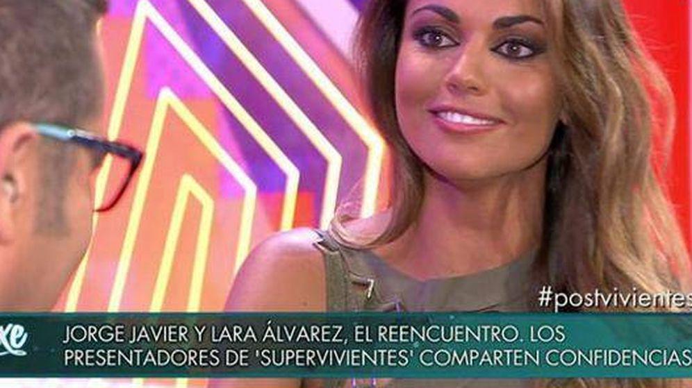 Foto: Lara Álvarez visita 'Sálvame Deluxe'.