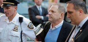 Post de Harvey Weinstein arroja la toalla y se entrega en una comisaría de Nueva York