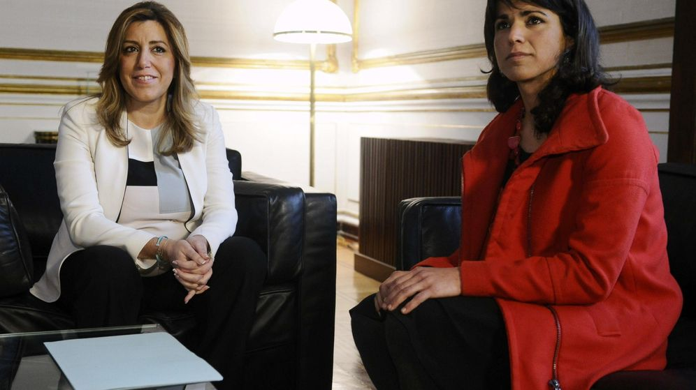 Foto: Fotografía de archivo de Susana Díaz y Teresa Rodríguez. (EFE)