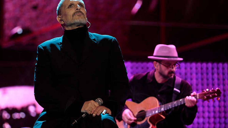 El nefasto año de Miguel Bosé: de los Grammy latinos al juzgado por partida doble