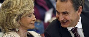 Foto: Rubalcaba huye de la foto con Zapatero y pasa del libro de Moratinos