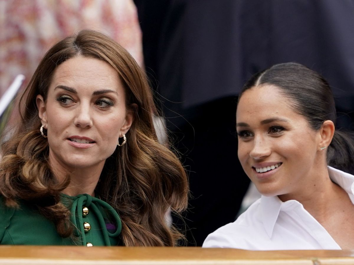 Foto: Meghan y Kate, durante la final de Wimbledon de 2019. (Getty)