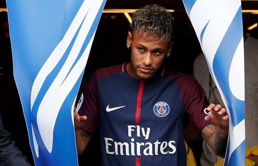 Foto: Neymar, durante su presentación oficial como jugador del PSG. (Reuters)