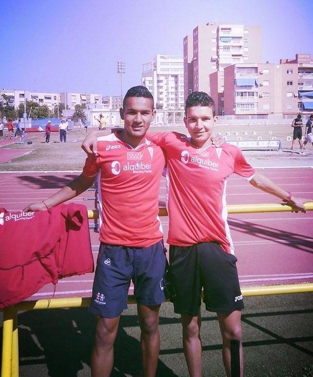 Foto:  Houssame Benabbou (derecha), junto con otro canterano español.
