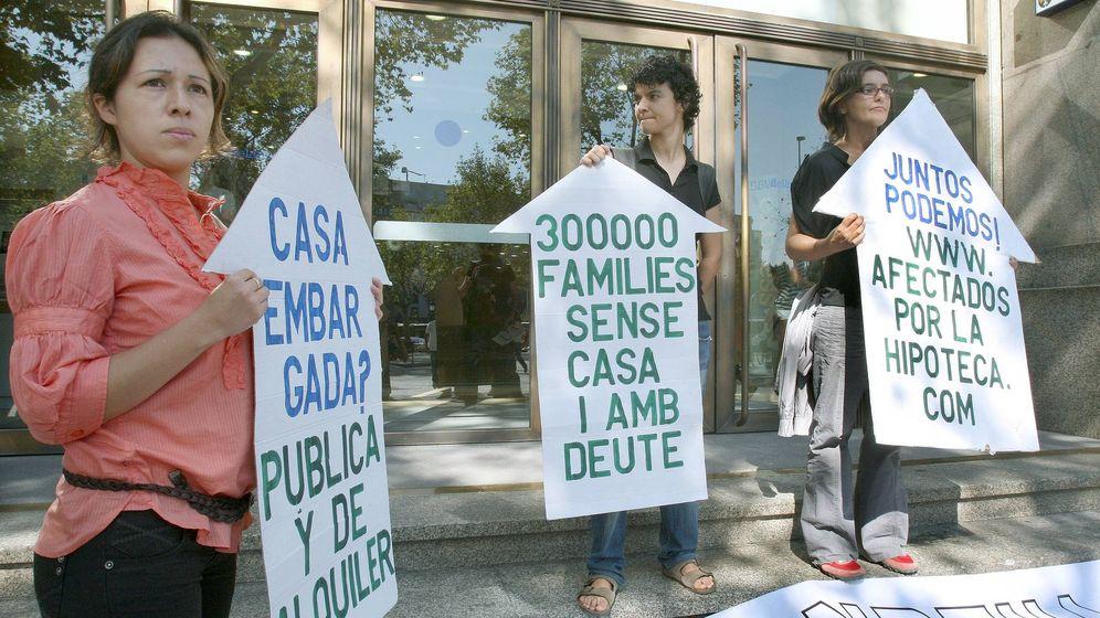 Foto: Miembros de la Plataforma de Afectados por la Hipoteca (Efe.).