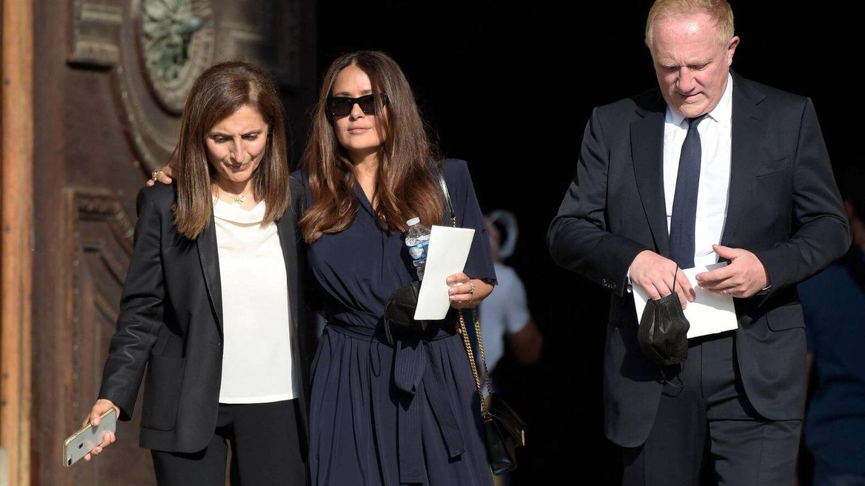 Salma Hayek durante el funeral de Florence Rogers-Pinault. (Cordon Press)