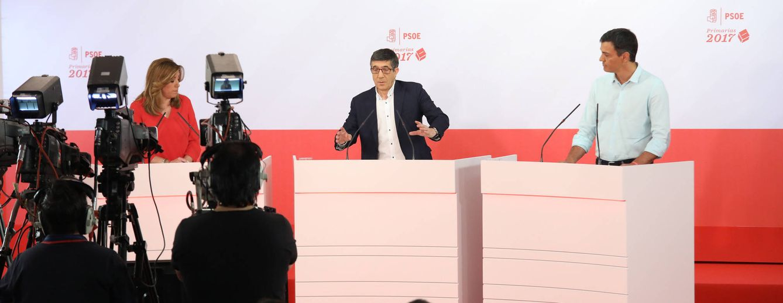 Foto: Susana Díaz, Patxi López y Pedro Sánchez, durante el debate a tres en Ferraz, este 15 de mayo. (Eva Ercolanese | PSOE)