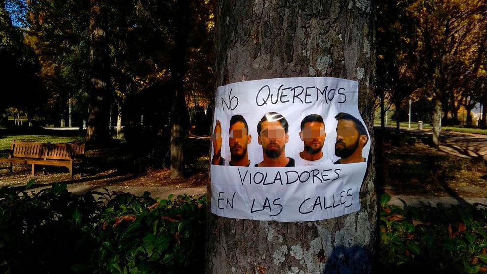 Pamplona amanece con carteles contra 'La manada' que exigen la pena máxima