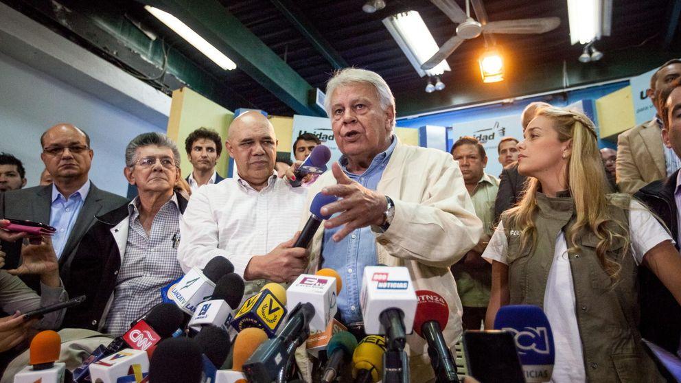 PP y PSOE, unidos por el chavismo en una causa común