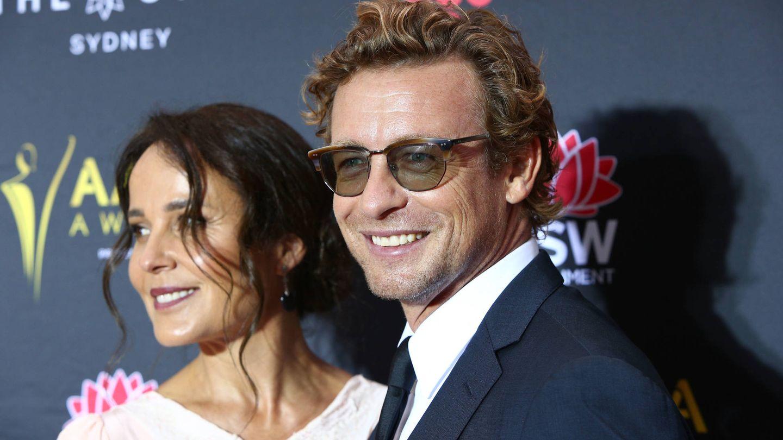 Rebecca Rigg y Simon Baker. (Getty)