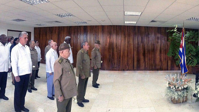 El Buró Político del PCC, en su despedida a Fidel Castro. (Fuente: CubaDebate)