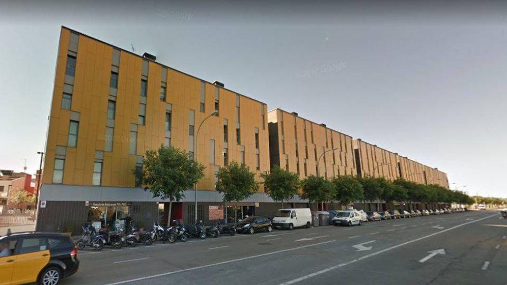 Foto: Edificio donde se ubican las 16 viviendas a subasta.
