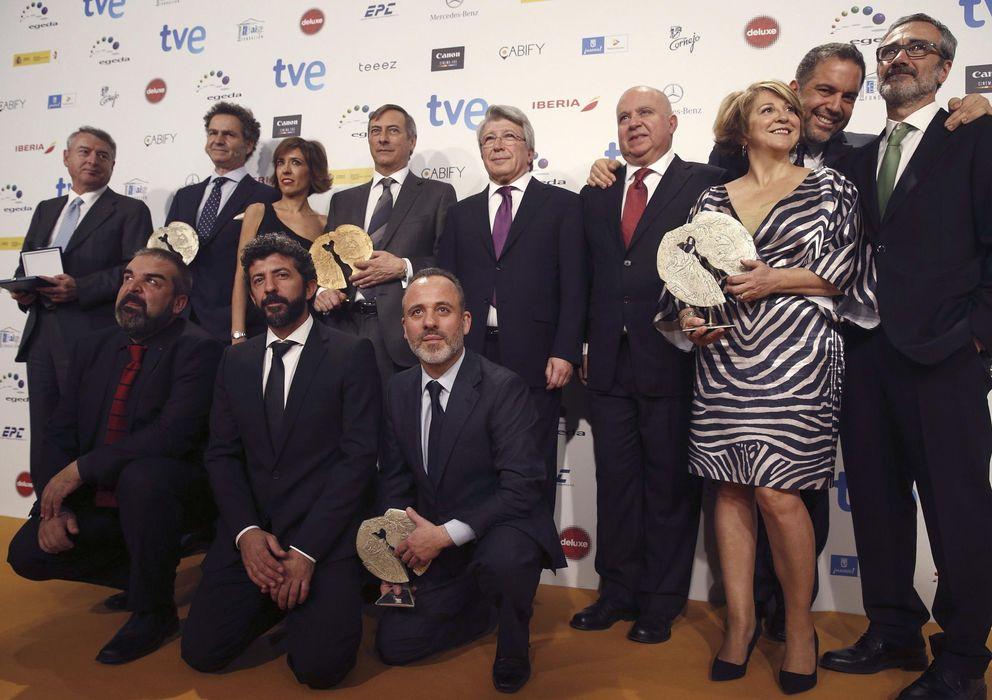 Foto: Foto de familia de los ganadores de los XX Premios de Cine José María Forqué (Efe/Kiko Huesca)