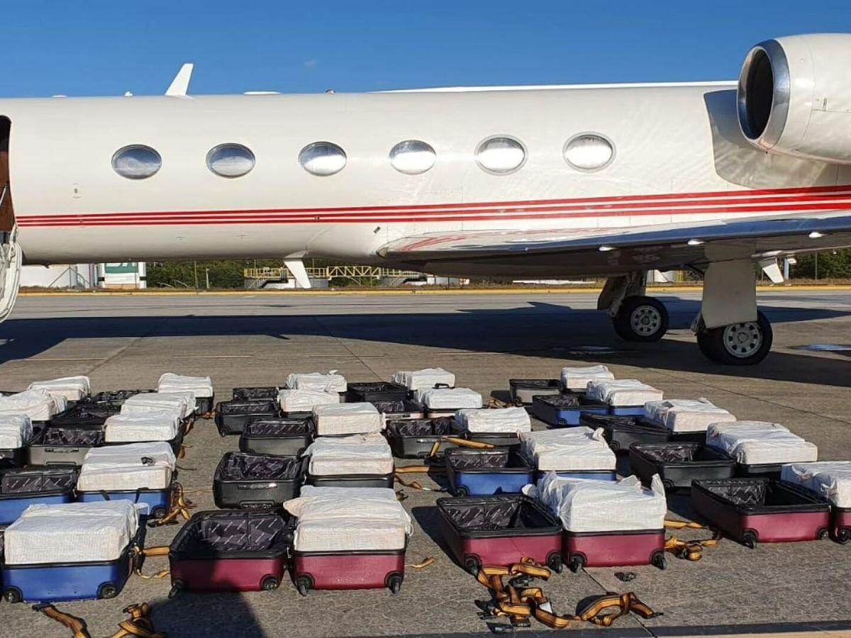 Foto: La cocaína estaba oculta en un total de 24 maletas (EFE/Policía Federal)