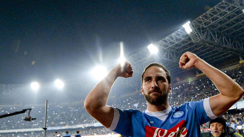 Foto: Gonzalo Higuaín celebra un gol del Nápoles. (EFE)