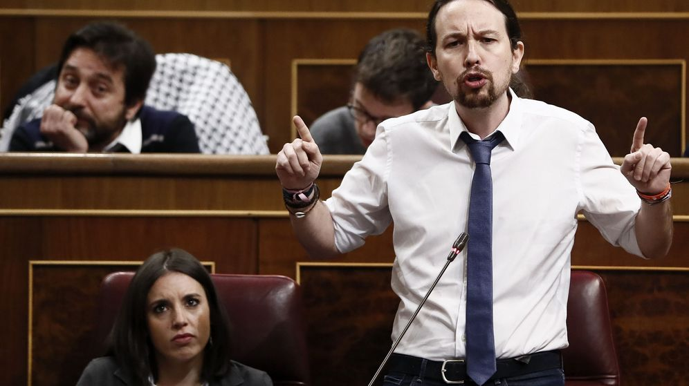 Foto: El líder de Podemos, Pablo Iglesias, durante su intervención en la última sesión de control al Gobierno en el Congreso de los Diputados. (EFE)