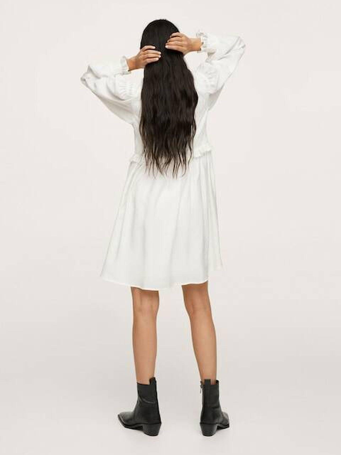 El vestido blanco de Mango. (Cortesía)