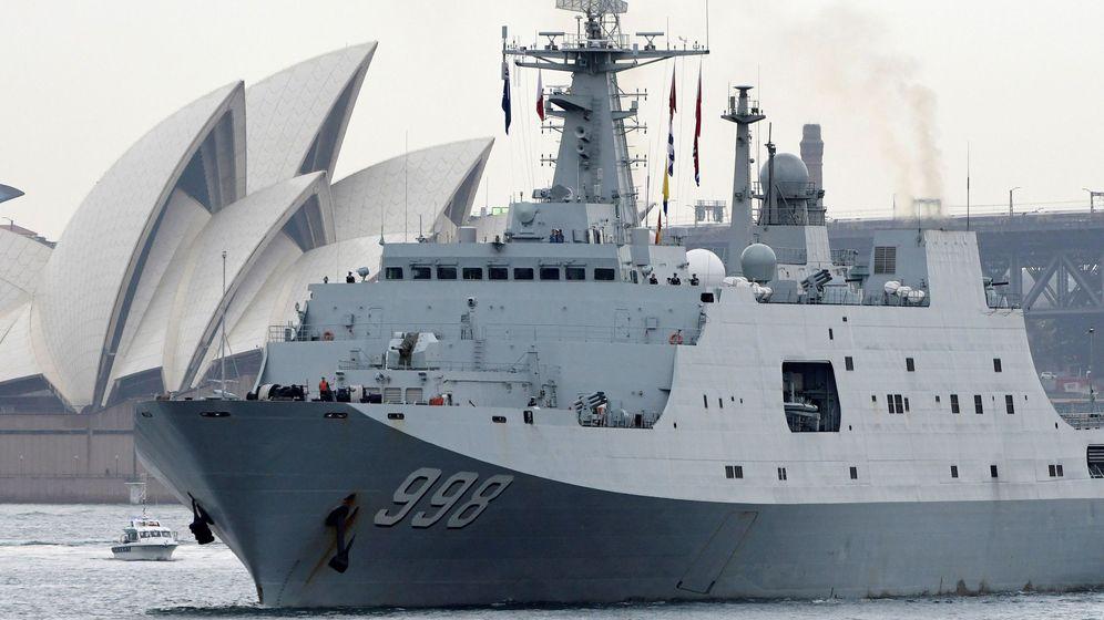 Foto: Buques de la Armada de Liberación del Pueblo Popular Chino (PLAN) saliendo de Sydney