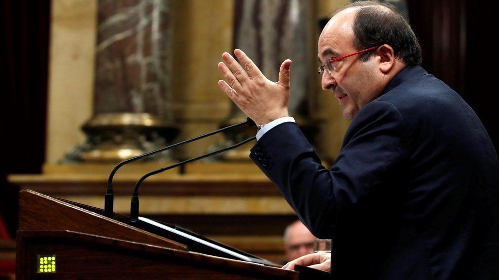 El PSC pide que el Parlament inste a Puigdemont a convocar elecciones