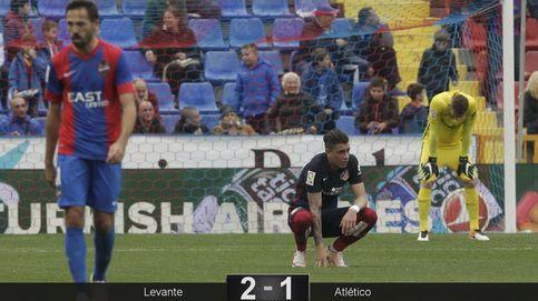 El Atlético se deja sus opciones de Liga en Levante, el lugar de sus pesadillas