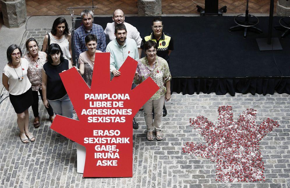 Foto: Imagen del símbolo contra las agresiones. (EFE)