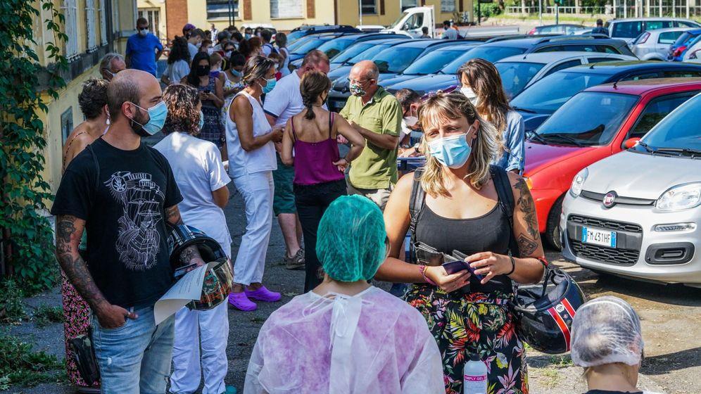 Foto: Test de coronavirus en Turín, Italia. (Reuters)