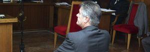 El cantante Francisco da una versión en televisión y otra en el juicio por estafa